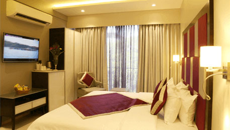 The-Flora-Grand-Rooms-Executive-Room